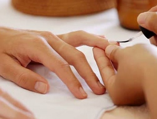 80 Min Manicure & Pedicure